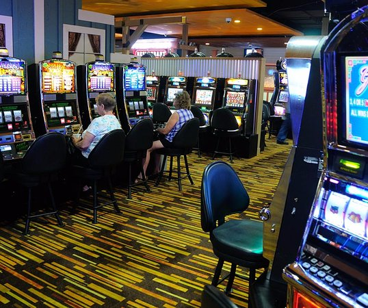 Chicken ranch casino slots darryl brunson poker player