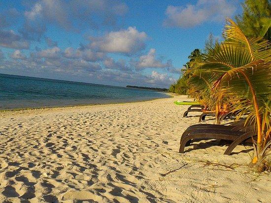 Tamanu Beach: am Strand vor dem Hotel