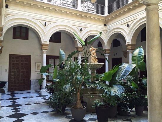 Hotel Palacio de Villapanes: Lobby
