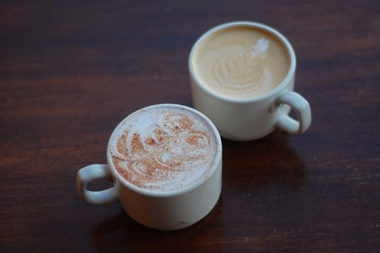Fairhaven Historic District: Tony's has some of the best coffee and chais!