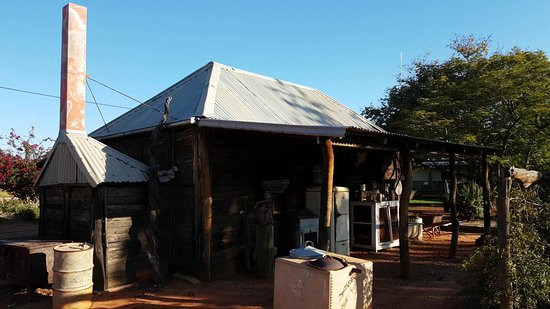 Windorah, Australien: The Timber Shack from the outside.