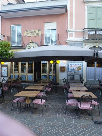 Hotel Vittoria: Ресторан Kapuziner при гостинице Vittoria.