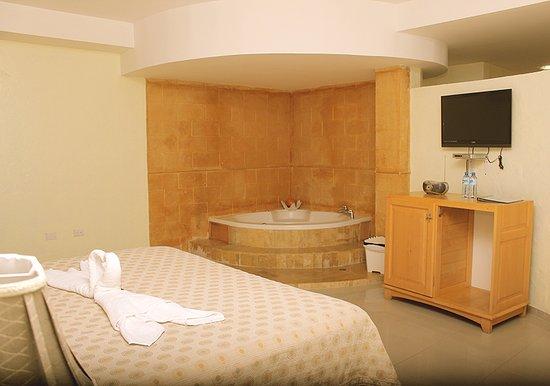 Akuarius Hotel, Bar & Restaurant: Habitación Suite