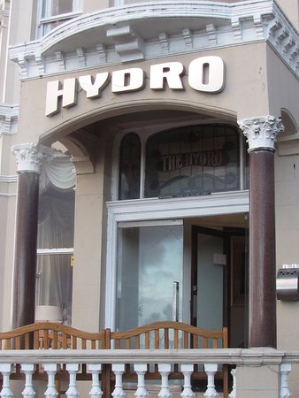 The Hydro Hotel: note smoker's bin . . . this is where they puff at the entrance!
