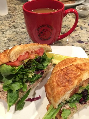 Big Bear Bistro: Tuna salad sandwich