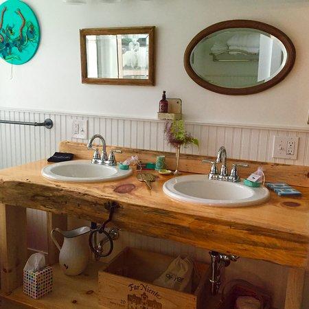Millbrook, Nowy Jork: River Room Bathroom