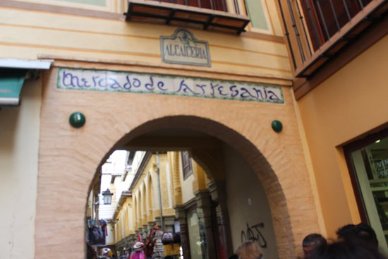 Hostal Zacatin: Just down the road from the hostal, the artisanal market or bazaar