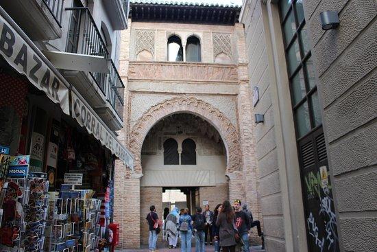 Hostal Zacatin: Another view of the bazaar