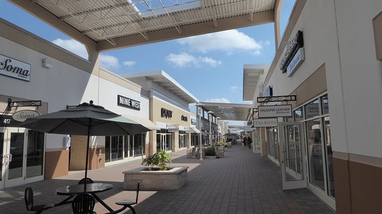 Grand Prairie Premium Outlets: photo1.jpg