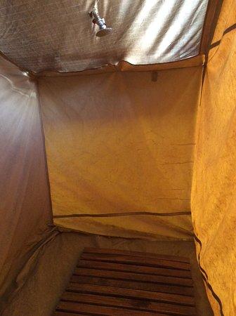 Serengeti Tented Camp - Ikoma Bush Camp: Shower