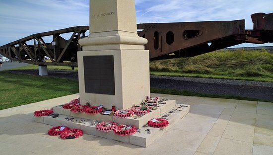Arromanches-les-Bains, Γαλλία: Royal Engineers Memorial