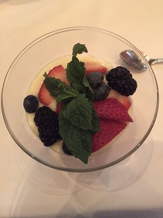 Ruth's Chris Steak House - Edmonton: Beautiful light dessert w/ fresh berries
