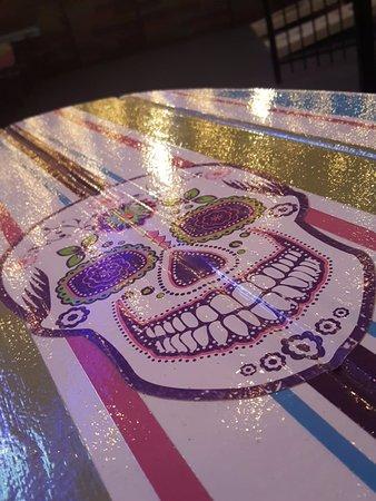 Atlantic Beach, FL: cool surfboard table