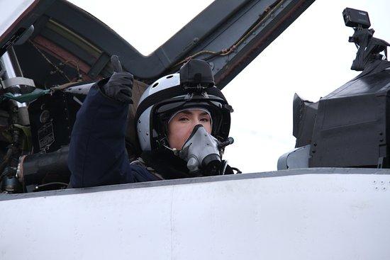 MiGFlug: Fitness Model Pauline Nordin doing the Edge of Space Flight