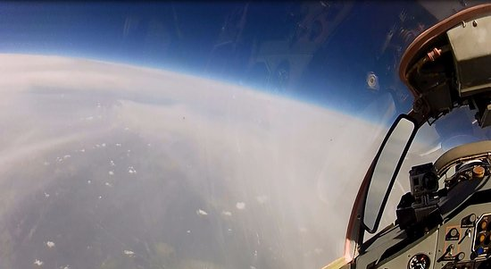 MiGFlug: The MiG-29 climbs up to 20km, with a top speed of MACH 1.7 - 1.9