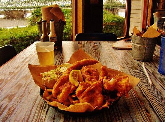 Vancouver, WA: Joe's Crab Shack basket of Fish N Chips