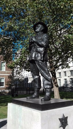 Field Marshal William Slim Statue