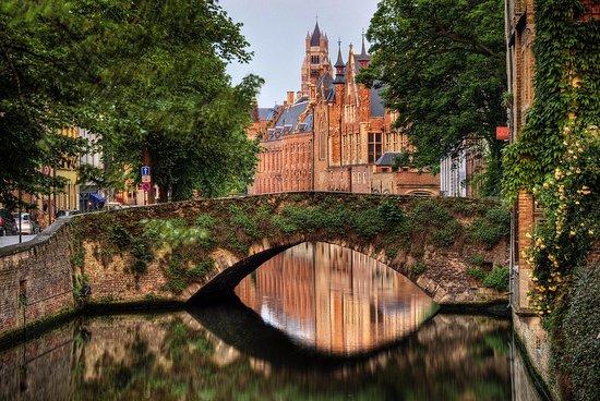 Canal bride Bruges - ブルージ...