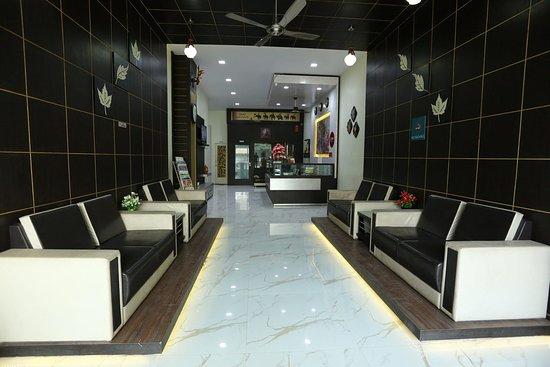 Hotel Jash Palace