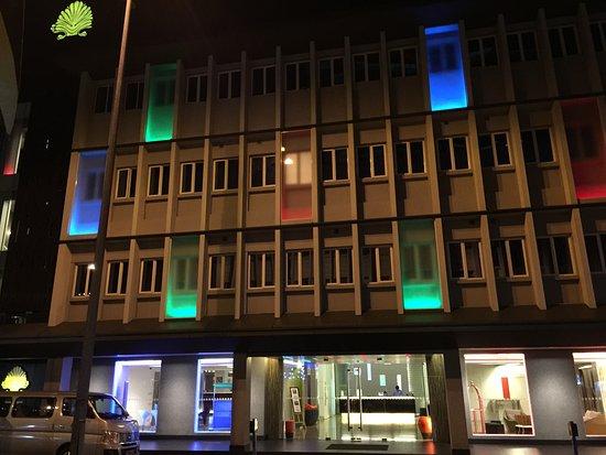 โรงแรมบรูไน: NIGHT