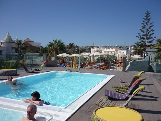 Colon Guanahani - Adrian Hoteles: Roof top pool