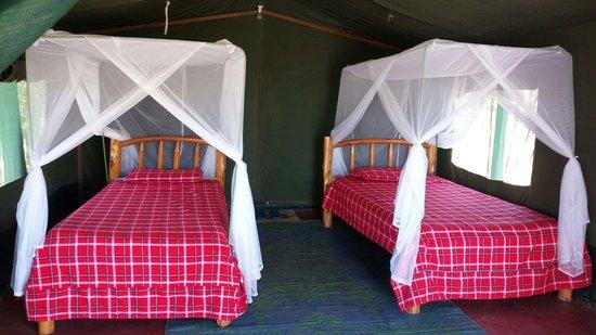 Masai Mara Manyatta Camp: Twin Bedroom