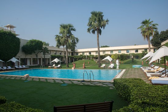 Trident, Agra: Inner Place with Pool at Daytime