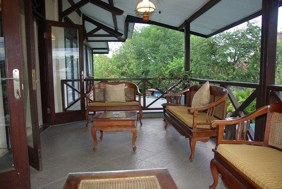 Sumbawa Besar, إندونيسيا: salon extérieur