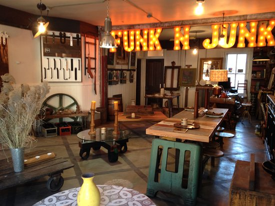 Lambertville, NJ: Funk & Junk is a very unique furniture store.... You come in and design your own!!!