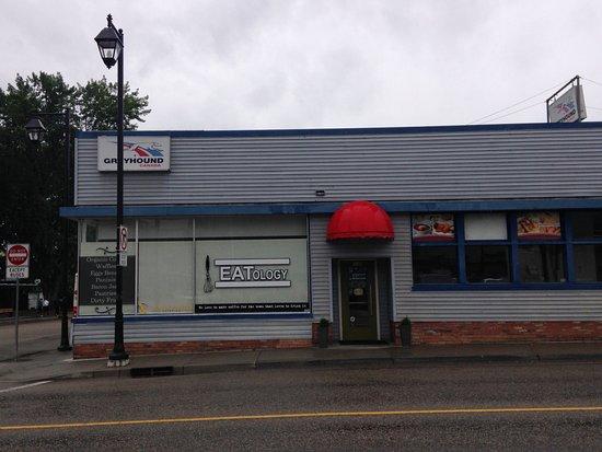 Vernon, Canada: Exterior