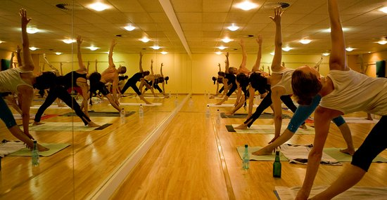 Yoga Zone: Vinyasa Class at Yogazone