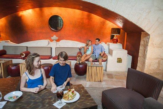 hotel contessa 140 3 8 4 updated 2018 prices. Black Bedroom Furniture Sets. Home Design Ideas