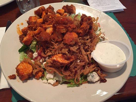 Caldwell, Nueva Jersey: Buffalo chicken salad, fantastic!