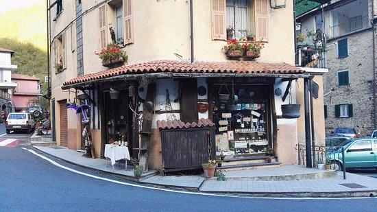 Carpasio, Italy: IMG_20161003_174903_large.jpg