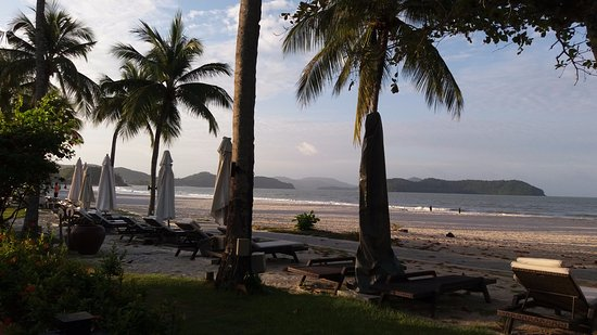 Casa del Mar, Langkawi: beach morning view