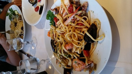Dormelletto, อิตาลี: 20160907_195208_large.jpg