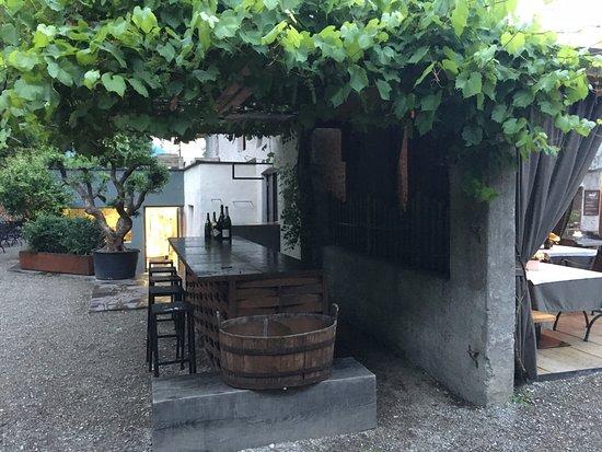 Cermes, Italie : Außenbereich