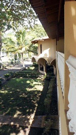 Playa Bejuco, Costa Rica: Vista desde el balcón por en el frente del hotel.