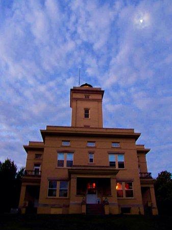 Sand Hills Lighthouse Inn: photo0.jpg