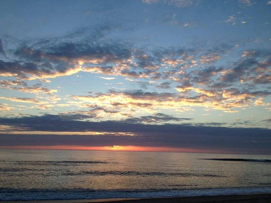 East Sandwich, MA : Nausea Beach sunrise (9/21/16)