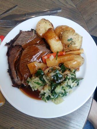 Homemade at Arnotts: Roast Beef Dinner