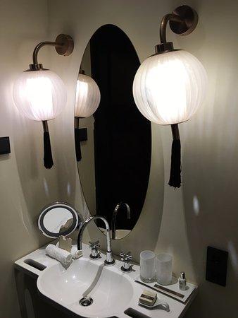 Hotel Lamée: Nice toiletries