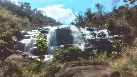 Pousada Portal de Minas: Uma das cachoeiras deste lugar encantador