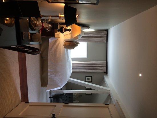 Langdon Hall Country House Hotel & Spa: Main House Attic Room