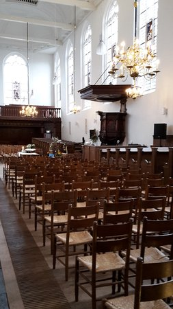 individual chairs and chandeliers picture of kapelkerk alkmaar