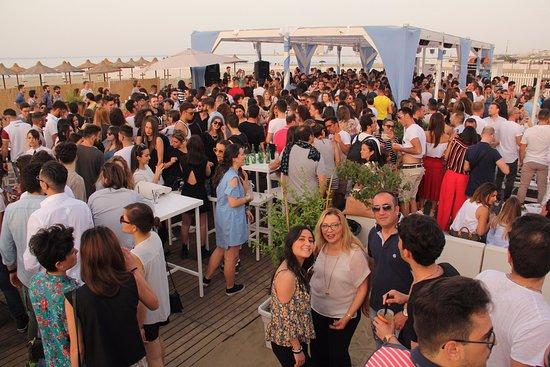 Happy Hour Al Tramonto Picture Of Bagno 27 Barletta Tripadvisor