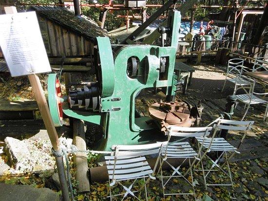 Bolton, UK: machinery