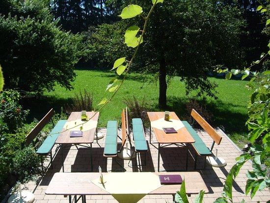 Diessen, Alemania: Biergarten - Hofcafé Villa Möstl