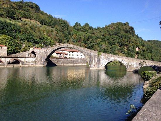 Ponte della Maddalena (detto Ponte del Diavolo)