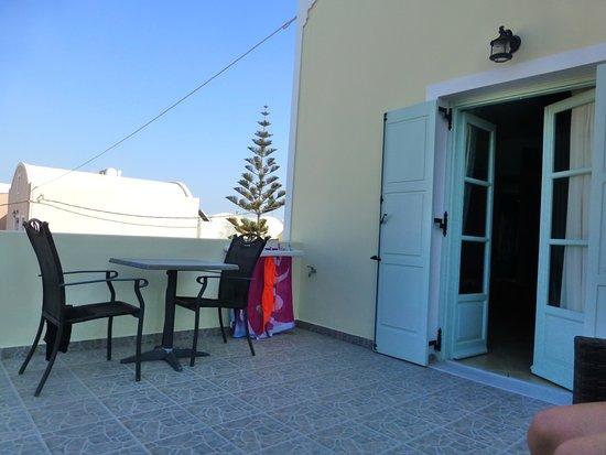 Kalya Suites: Balcony